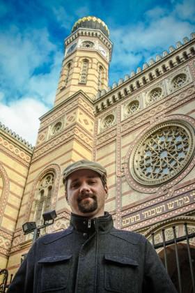 Contact Hungarian Jewish tours